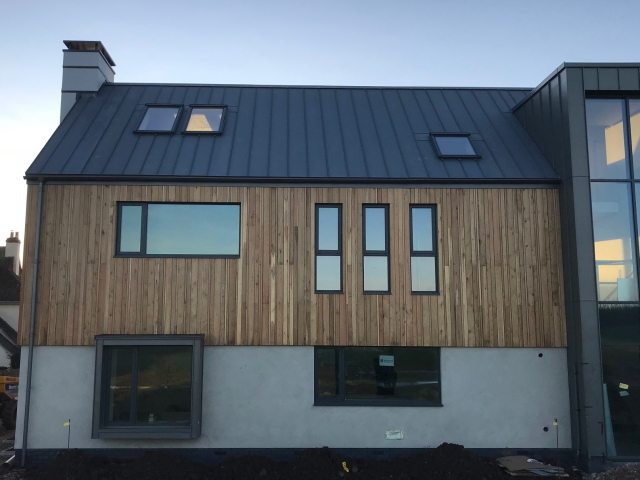 29 Co2 Larch ® Shadow Gap House