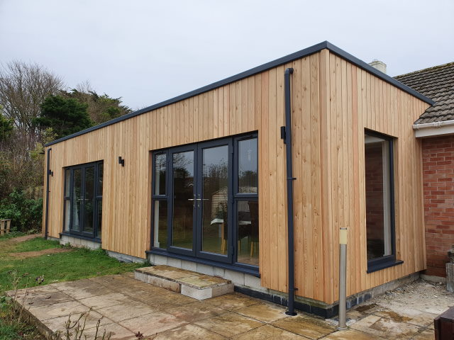 33 Co2 Larch ® Shadow Gap House