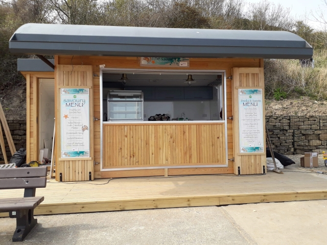 20 Co2 Larch ® Shadow Gap seaside hut cladding